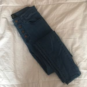 Forever 21 Higher waisted jeans with buttons